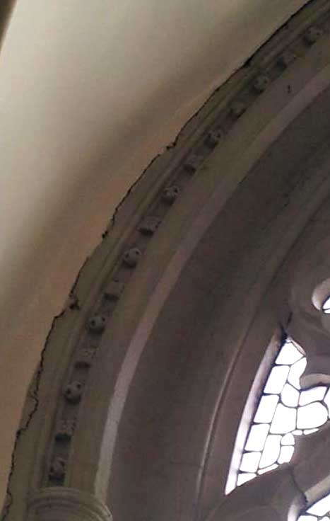 cracks in the Lady Chapel strcuture